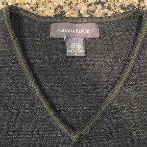 Banana Republic Women's L Merino Wool Sweater